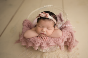 Newborn Photographer in Park Slope | www.ShirlySchvartzman.com