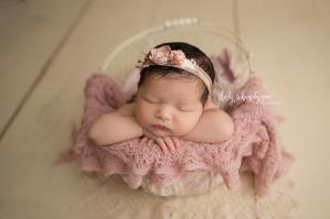 Newborn Photographer in Park Slope | www.ShirlySchvartzman.com