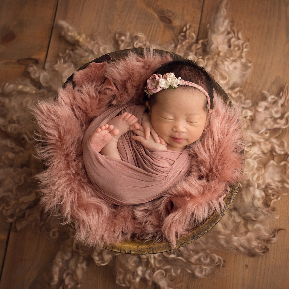 When is the best time to book a newborn session